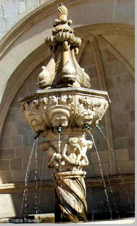 Little Onofrio Fountain
